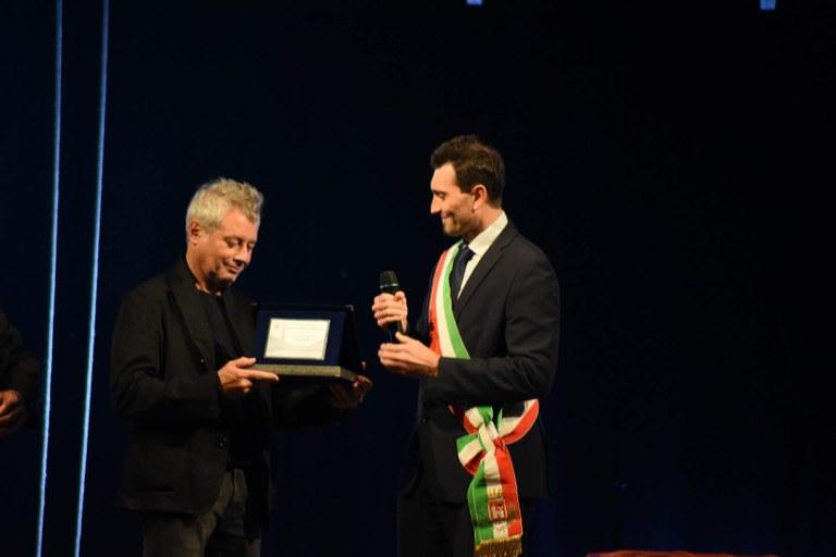 Alessandro Baricco premiato per il Premio Nazionale alla Carriera dal Sindaco Andrea Sala